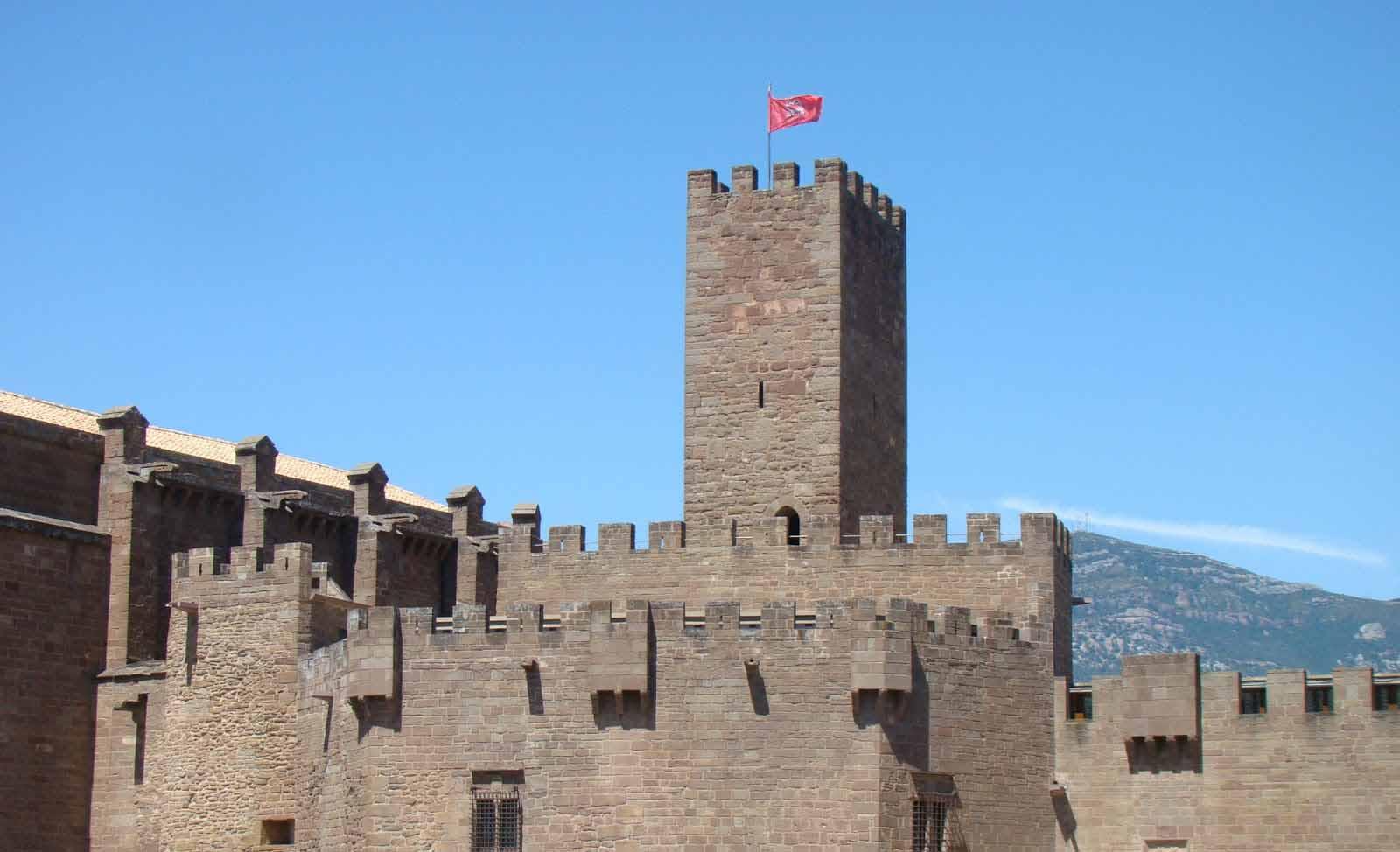 castillo-de-javier-torre-homenaje