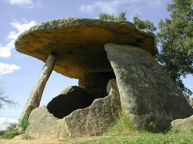 dolmen-El-Mellizo-2