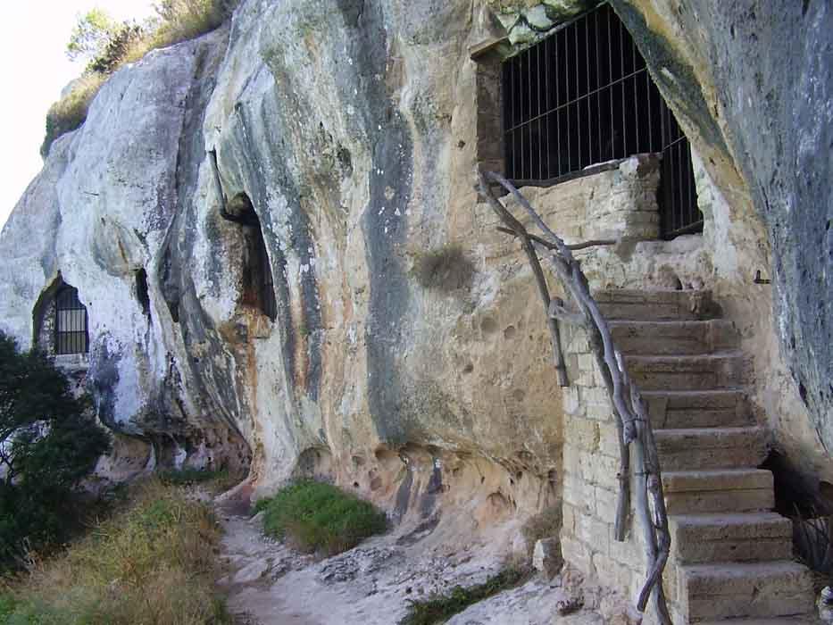 cala-macarelleta-cuevas