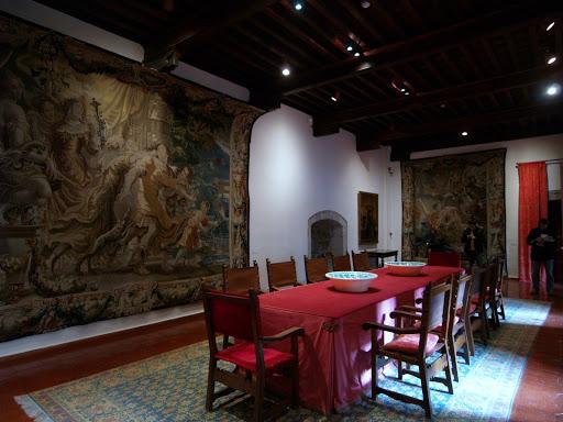 Castillo-Nuevo-de-los-Mendoza-tapices