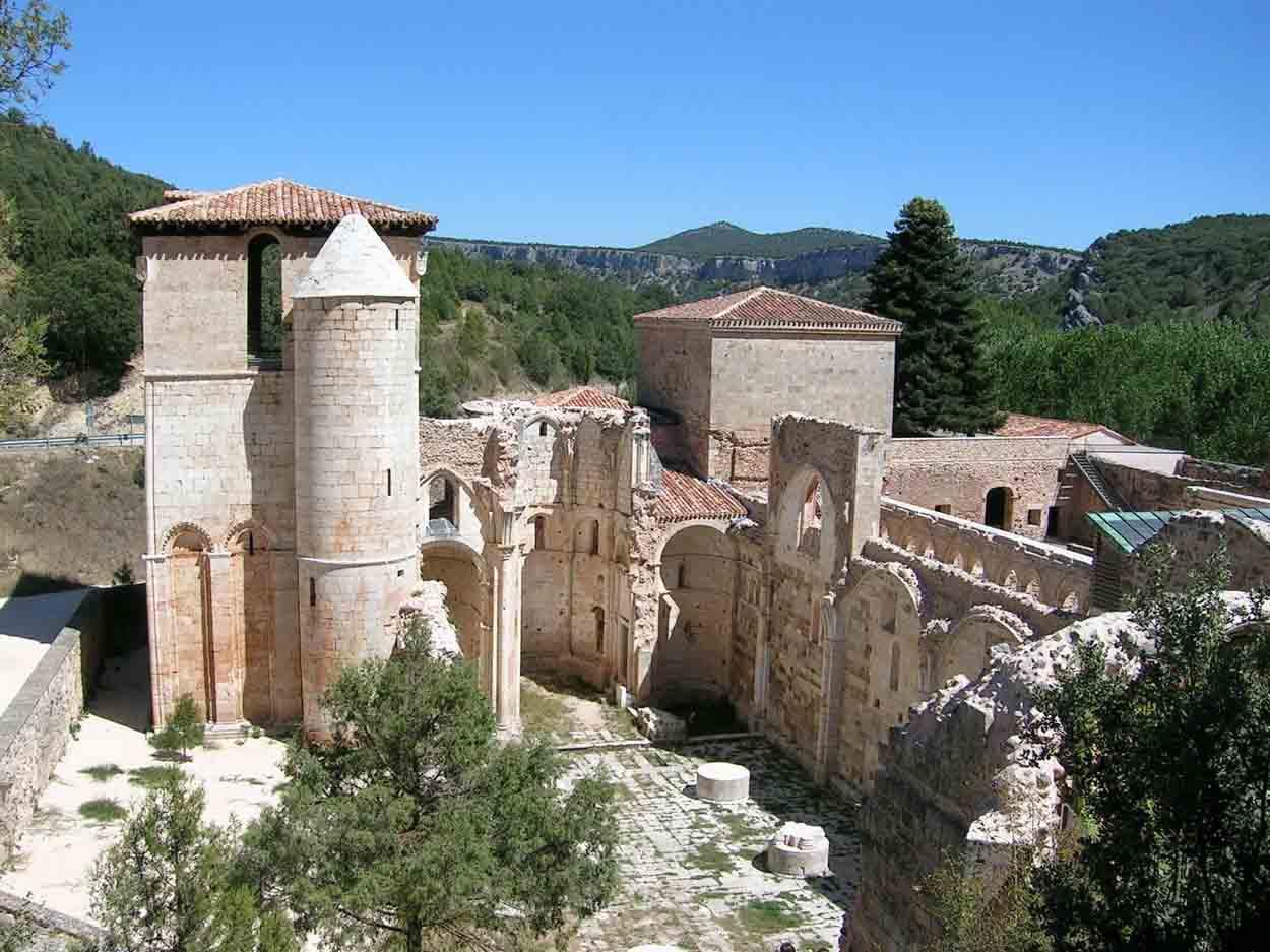 ermita de san pedro en covarrubias