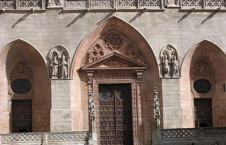 Burgos_Catedral_Puerta_de_Santa Maria
