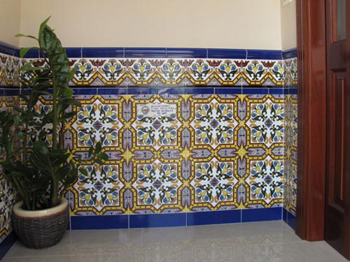 Ceramica archivos por sole for Azulejos antiguos sevilla