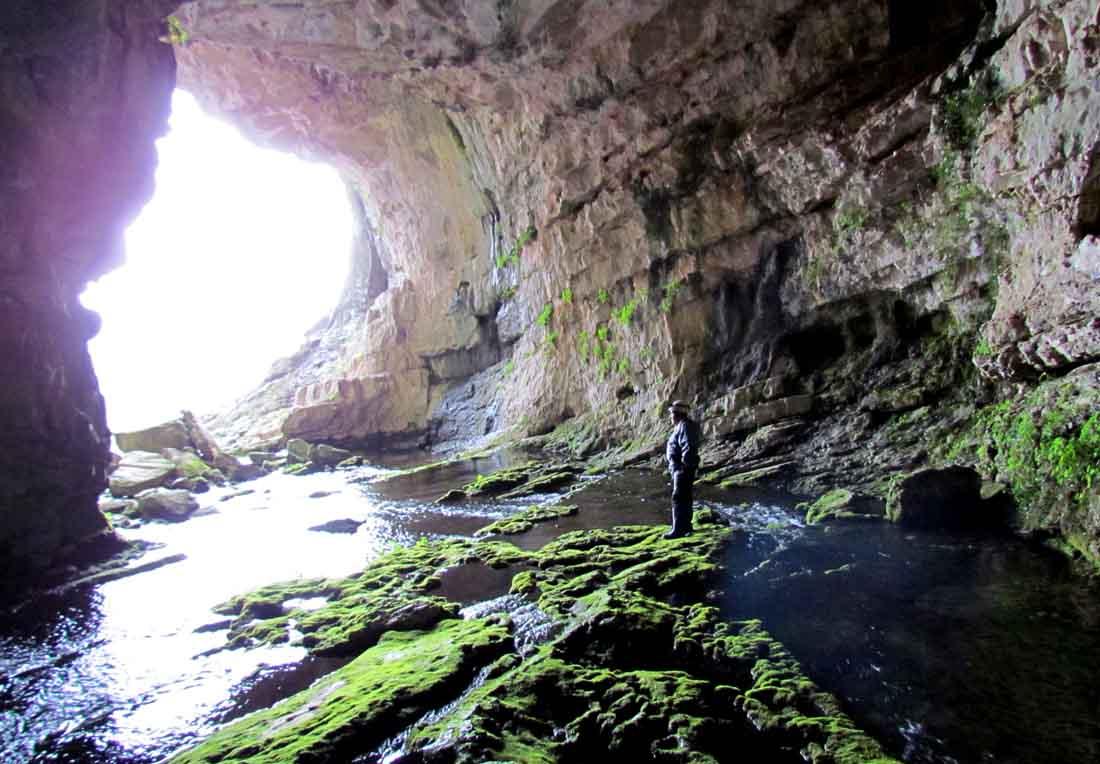 cueva-de-los-chorros