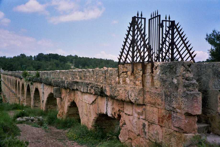 detalle piedra puente del diablo