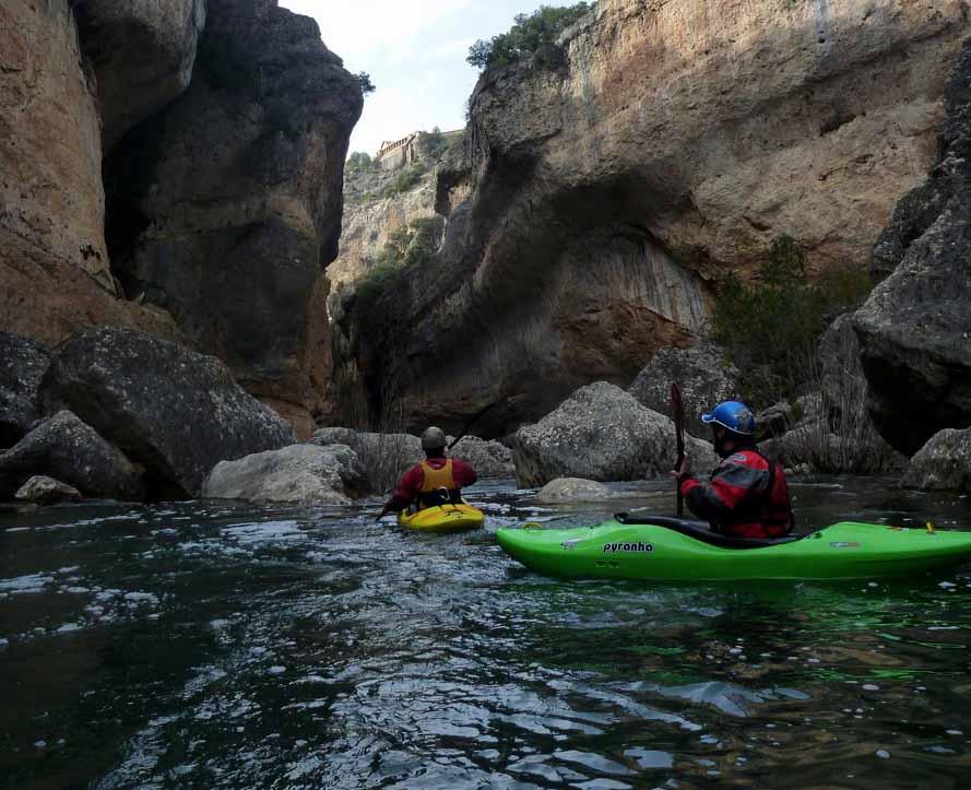 rio jucar en kayac