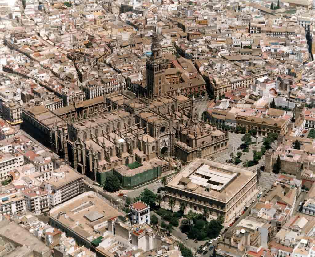 Vista aérea de la catedral de Sevilla