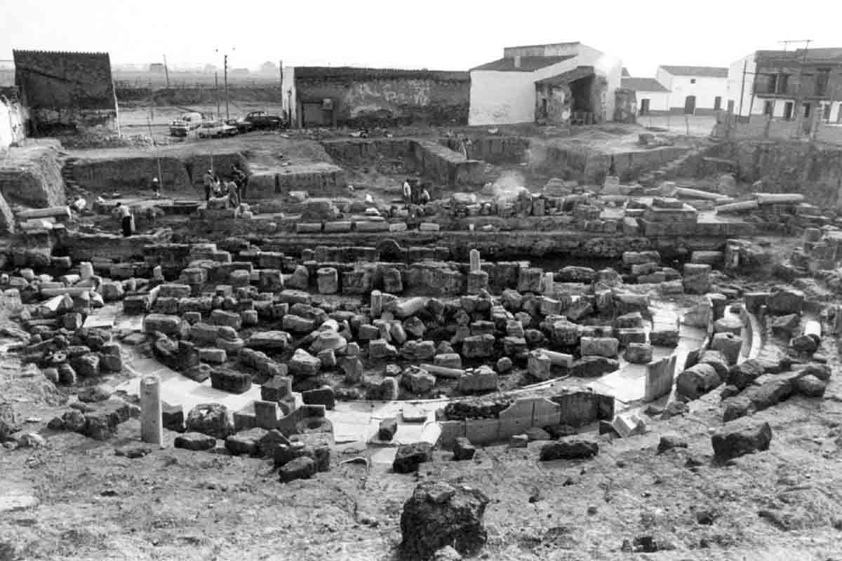 Merida-Teatro-Romano-excavaciones