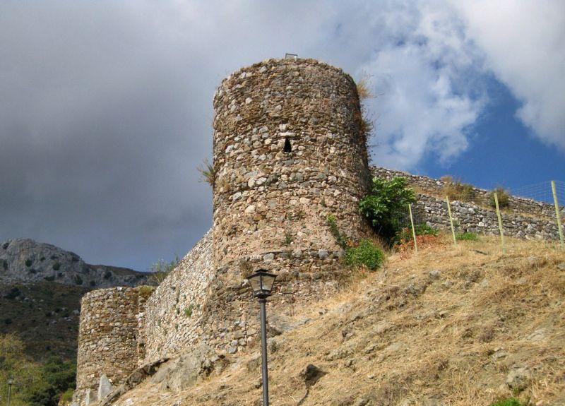 cementerio-de-benadalid-torre