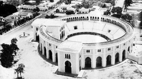 Plaza_de_Toros_de_la_Maestranza-foto-antigua