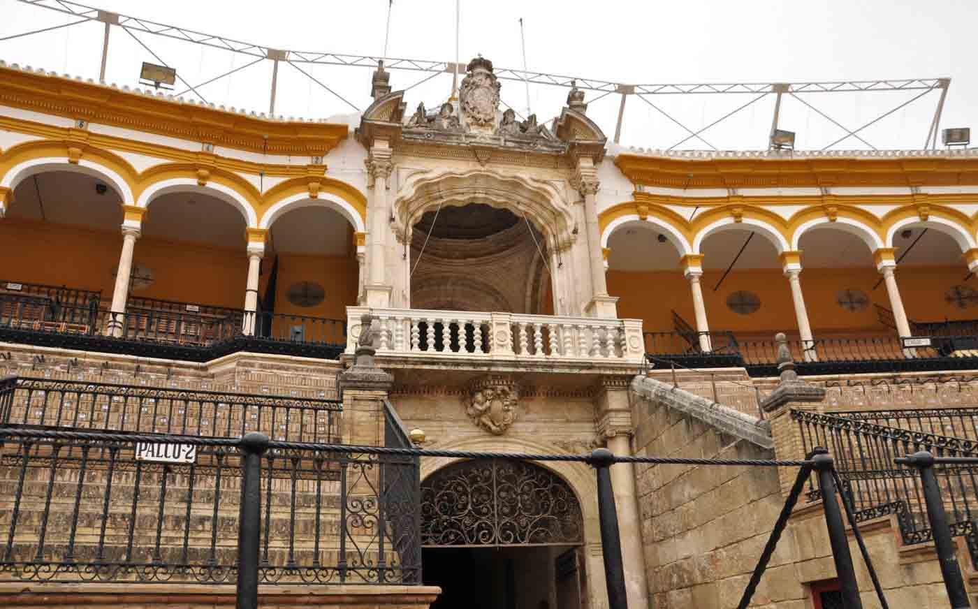 Plaza_de_Toros_de_la_Maestranza-interior