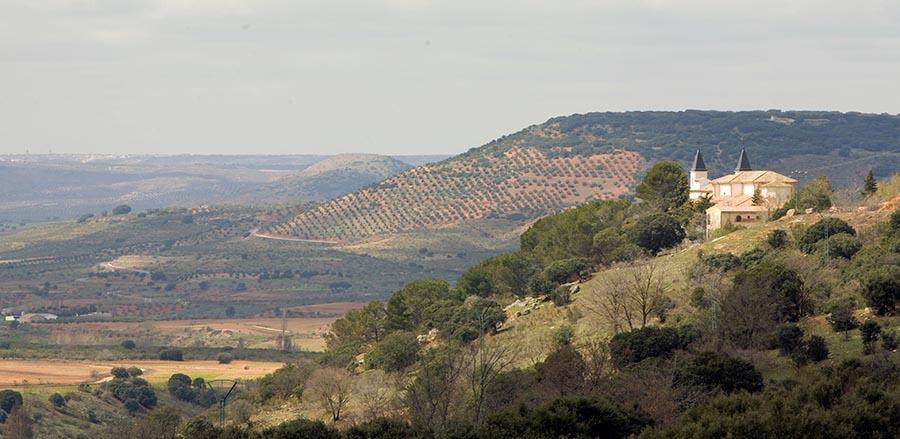 Santuario-Virgen-de-Cortes