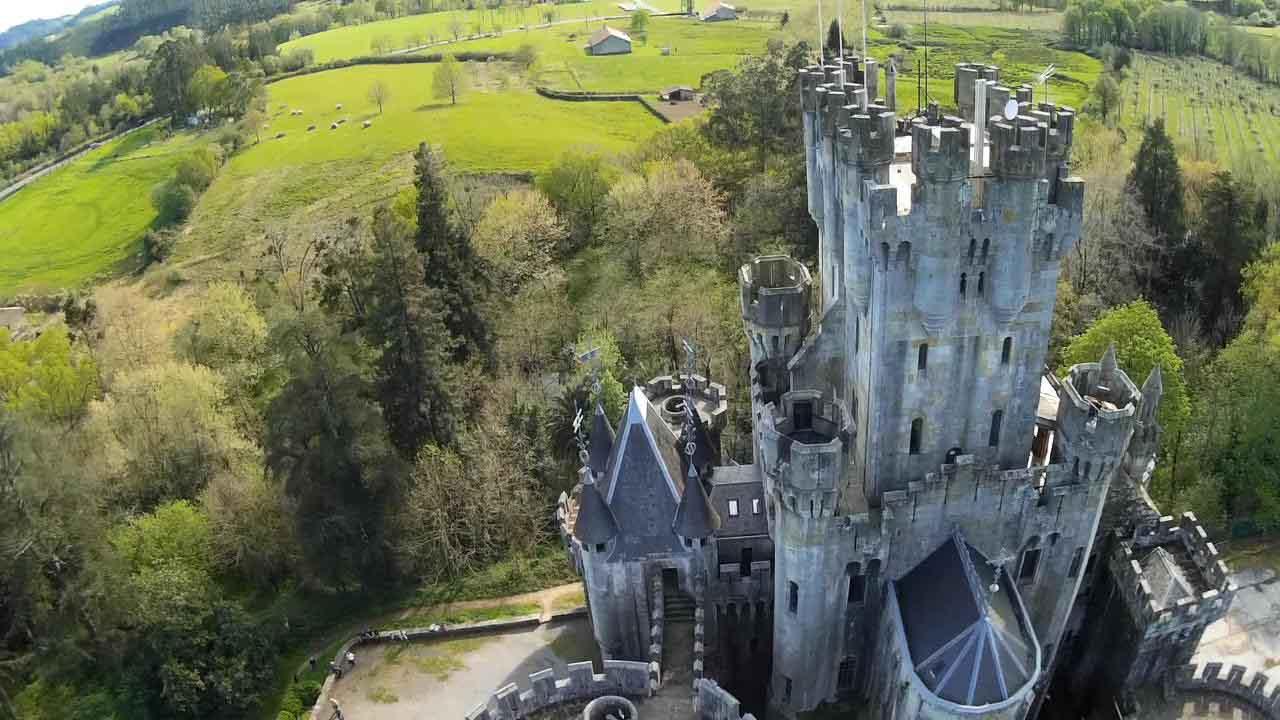 castillo-butron-torre-homenaje