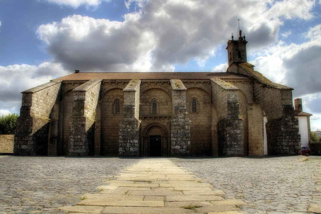 Santa-María-del-Sar-Compostela