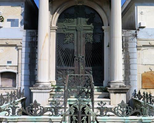 cementerio-San-Amaro-neoclasico
