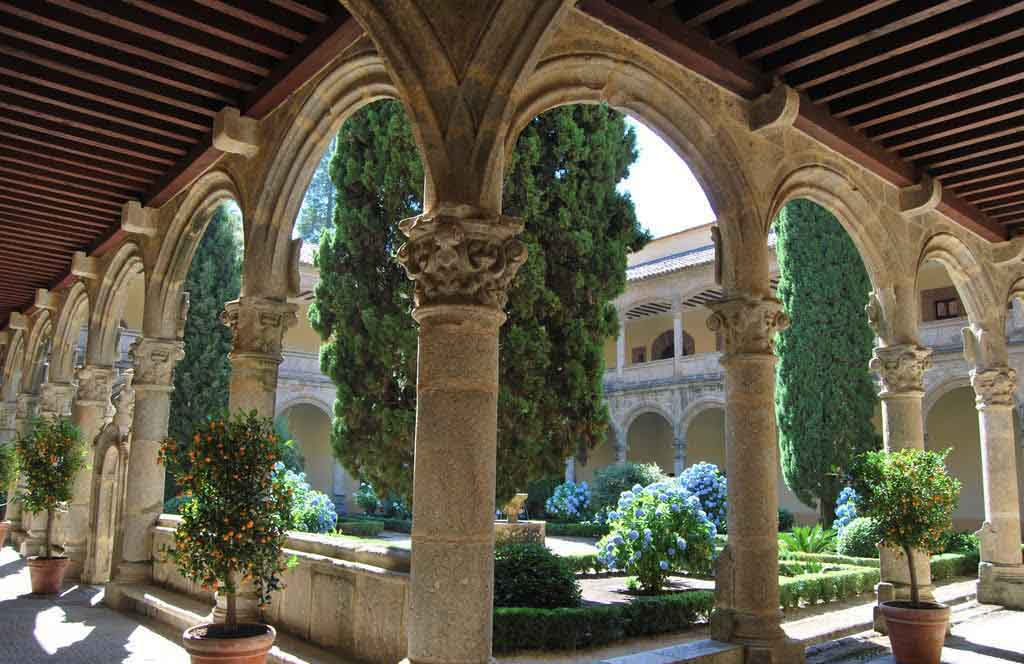 monasterio-de-yuste-claustro-nuevo