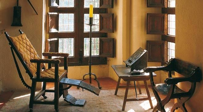 monasterio-de-yuste-silla-articulada