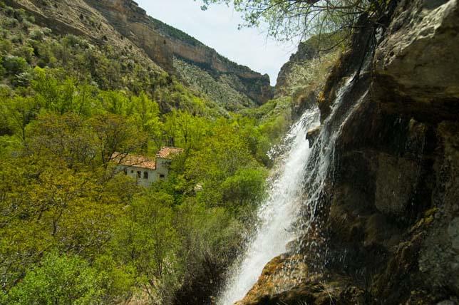 Nacimiento-rio-pitarque-6