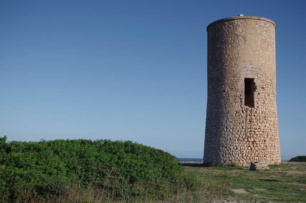 Torre-del-Serral-dels-Falcons