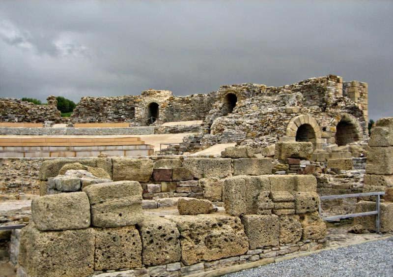 Ruinas-de-baelo-claudia-teatro