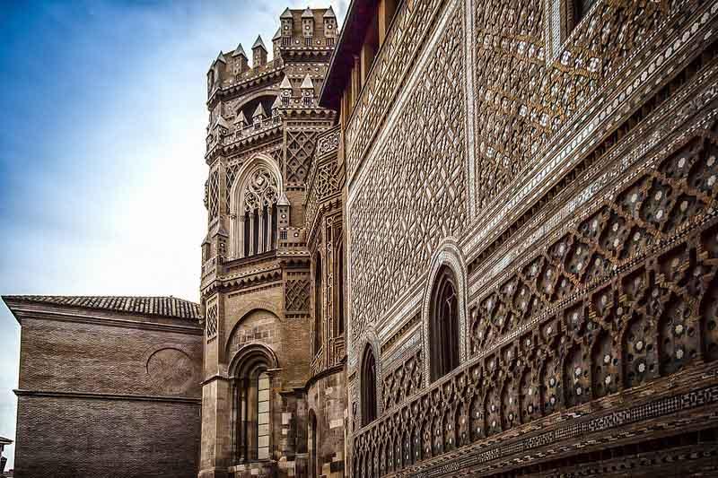 catedral-san-salvador-zaragoza-muro-Parroquieta-2
