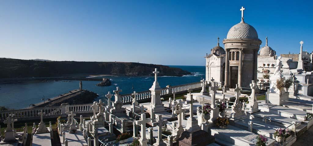 cementerio-de-luarca