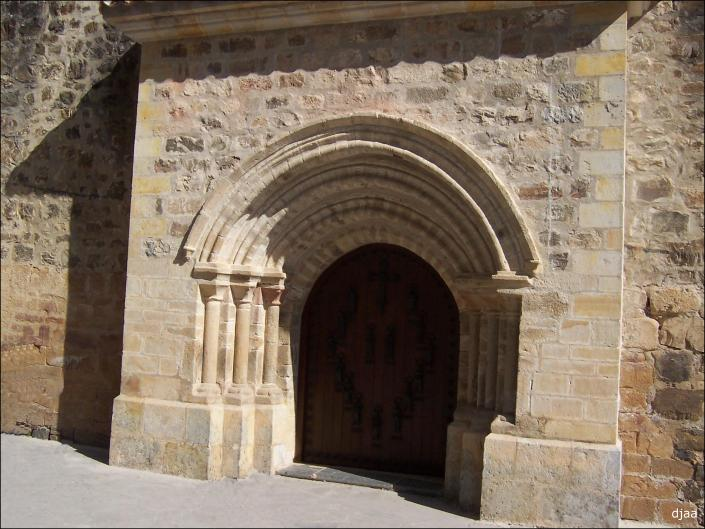 Monasterio-de-Santo-Toribio-PUERTA-DEL-PERDON