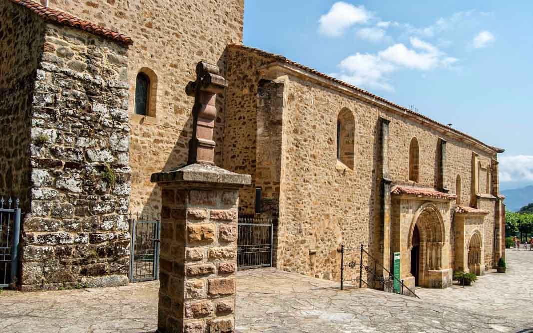 Monasterio-de-Santo-Toribio-exterior