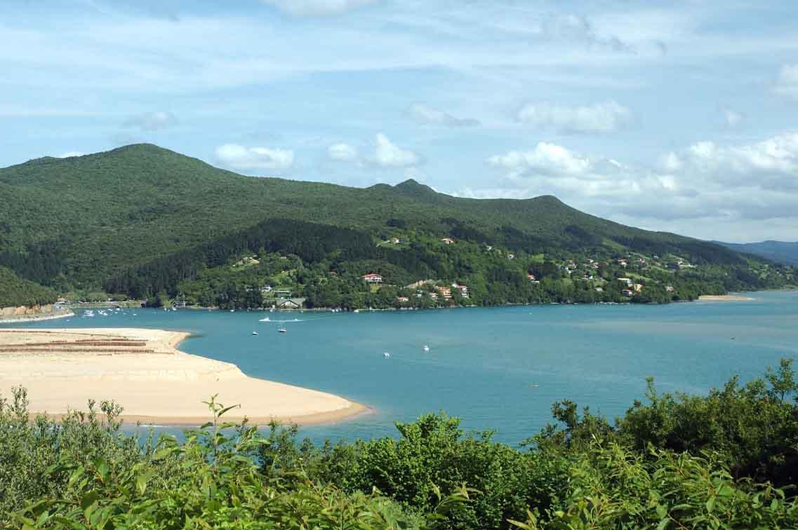 Playa-de-Laida-urdaibai